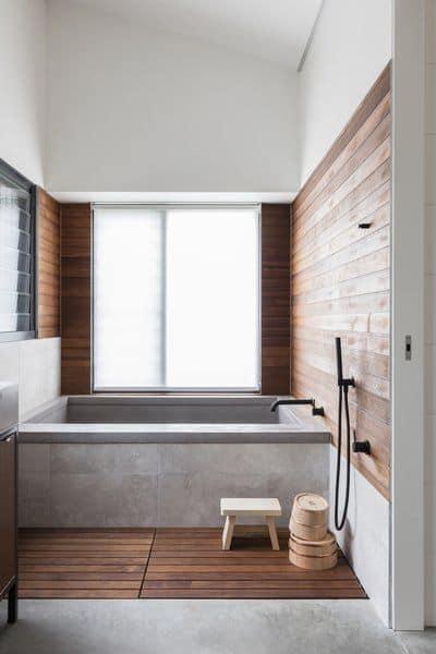 อ่างอาบน้ำสี่เหลี่ยม