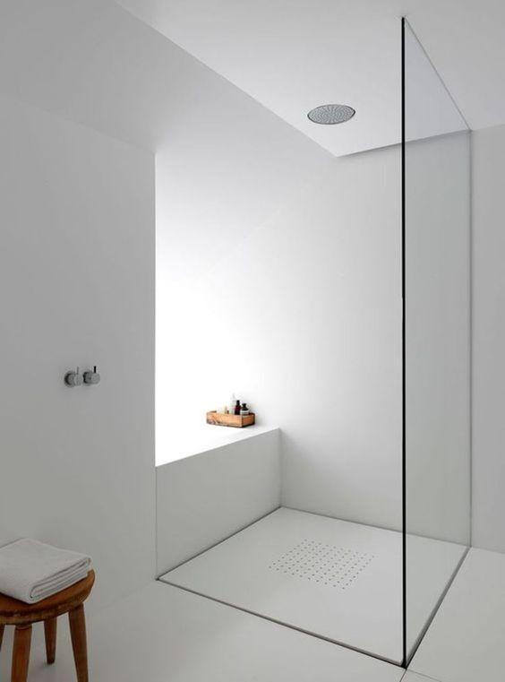 ห้องน้ำเรียบๆ