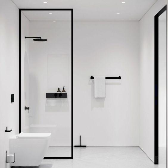 ห้องน้ำขาวดำ