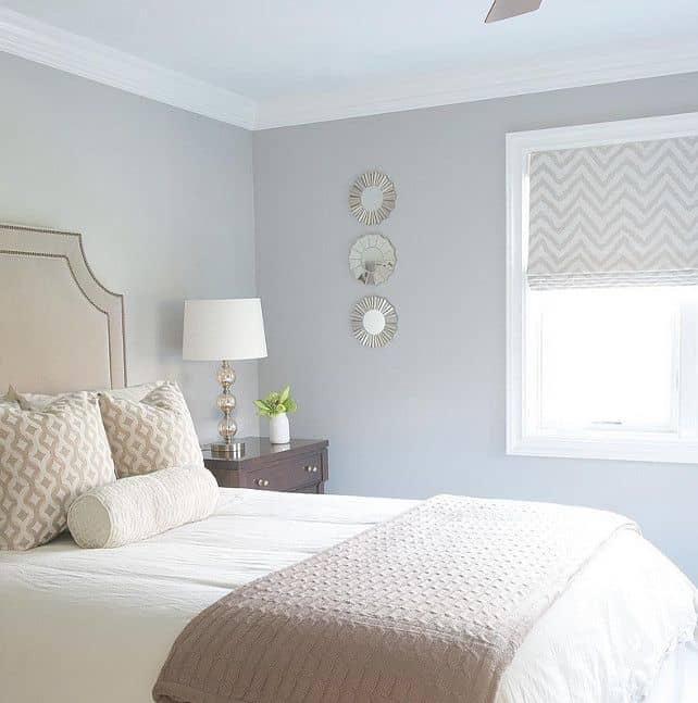 ห้องนอนสีเทาควันสำหรับคนเกิดวันเสาร์